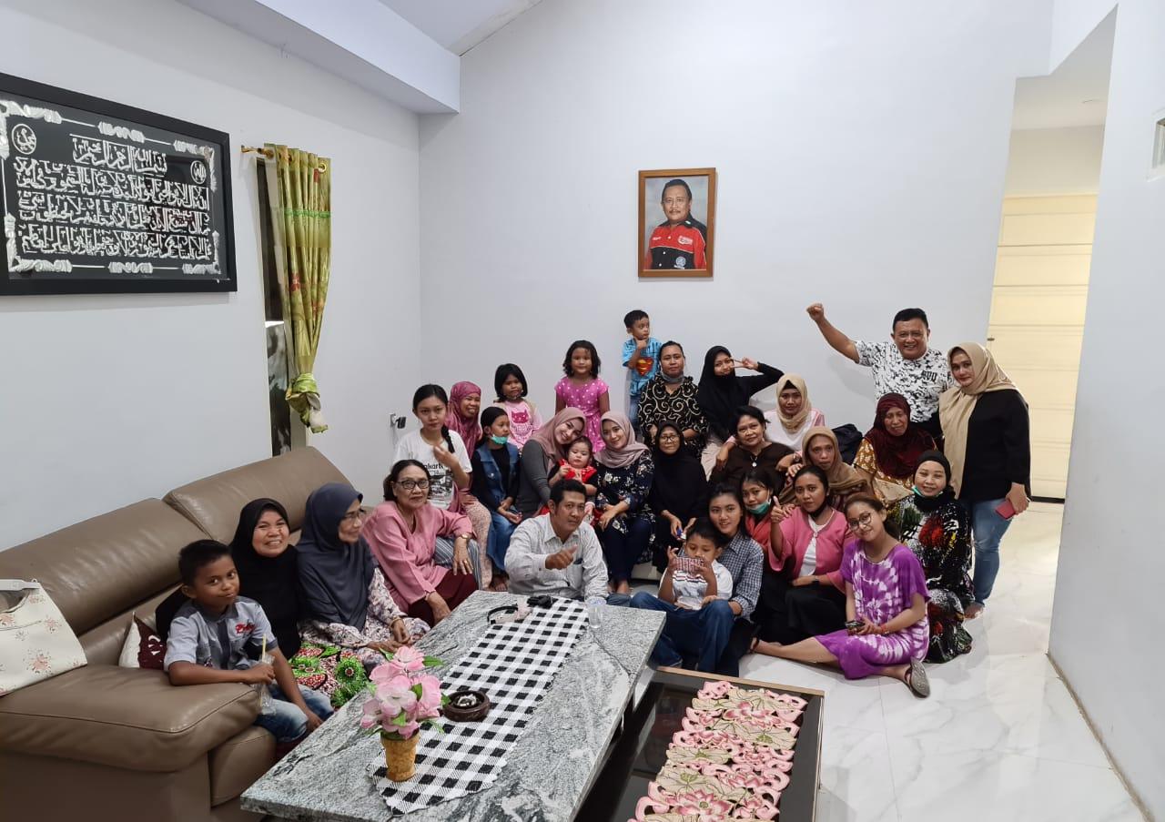 Idul Adha, Keluarga SAdAP Berbagi Kegembiraan Bersama Masyarakat