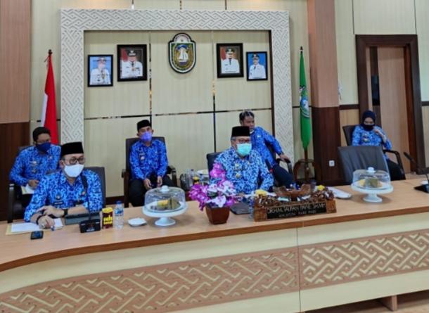 Progres ITH terus berlanjut, Walikota Vidcon dengan Kementerian Dikti