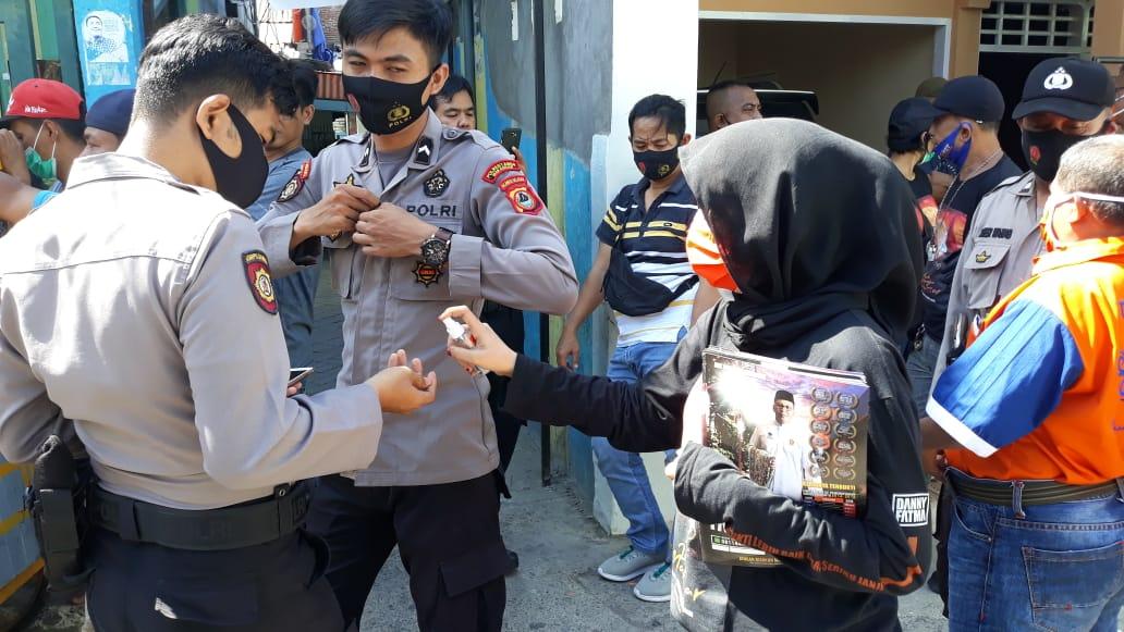 Ada Penyemprotan Disenfektan dan Bagi Masker di Kampanye Politik Danny Pomanto
