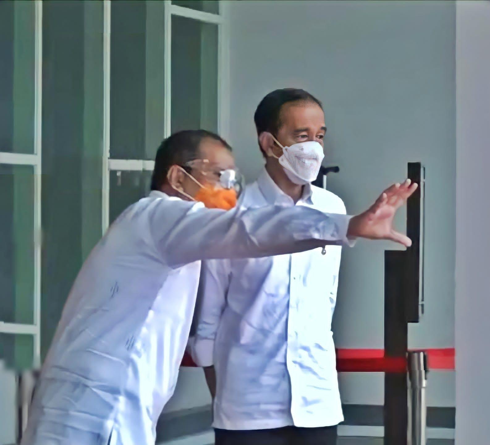 Jokowi: Saya ke Makassar Melihat Vaksinasi yang Dilakukan Pemerintah Makassar dan Pak Wali Kota