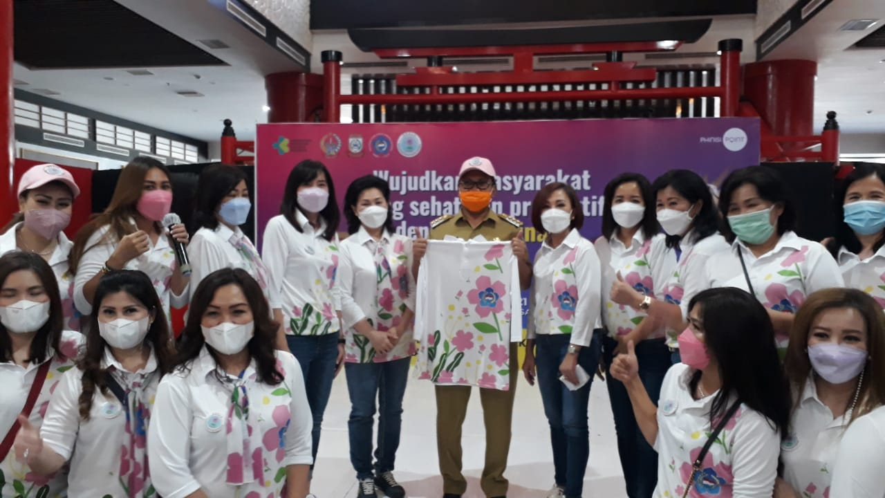 Perempuan Tionghoa Antusias Sambut Festival Vaksinasi yang Diprakarsai Danny