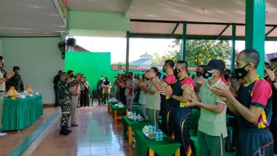 Danyon Pimpin 1 Kompi Personel Batalyon C Pelopor Sambangi Makodim Bone